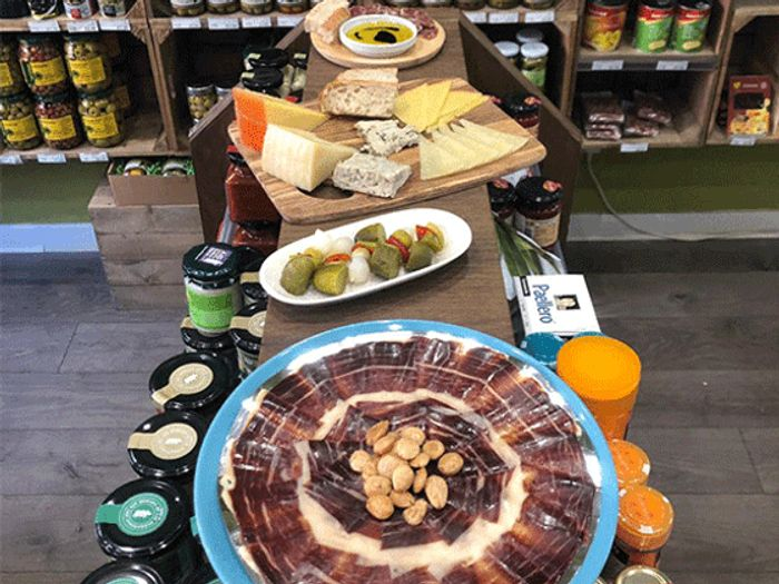 Win an All Authentic Spanish Las Delicias Hamper worth £150