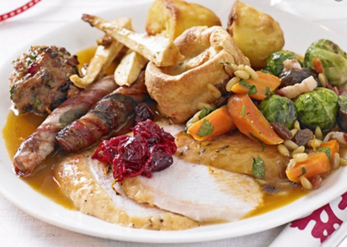 Morrisons Cafe Takeaway Christmas Dinner & Pudding for Just £5.50