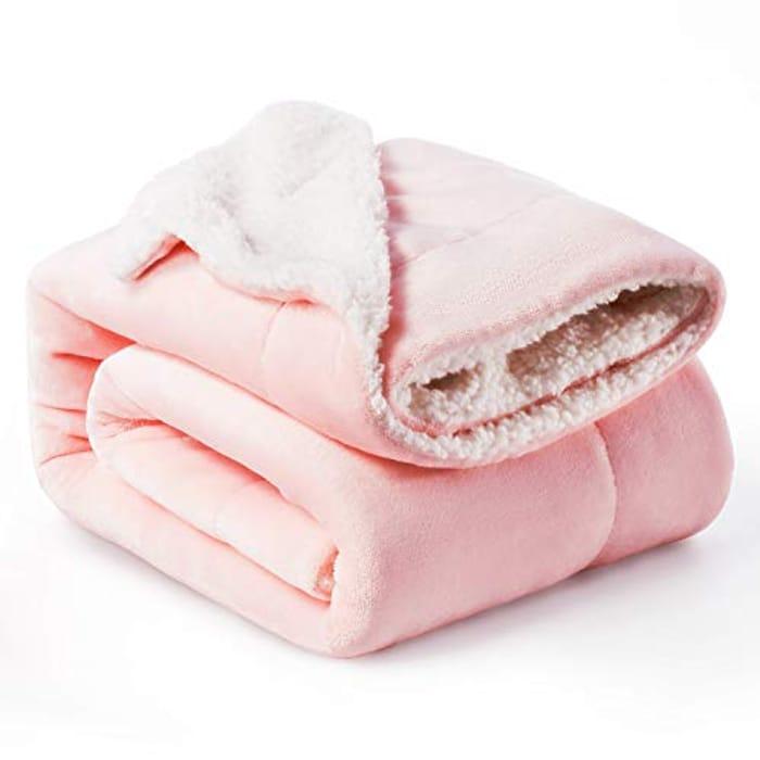 Half Price Fluffy Comforter Blanket