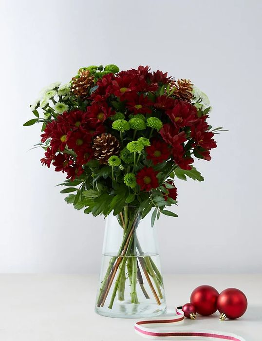 Save £10 - M&S Perfect Christmas Bouquet - £20 Delivered