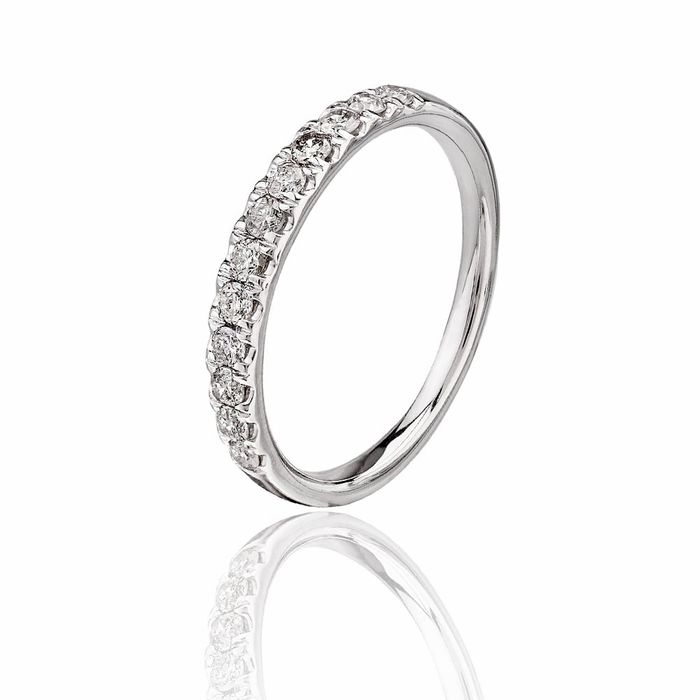Pure Brilliance 9ct White Gold 0.25ct Diamond Pav Set Half Eternity Ring