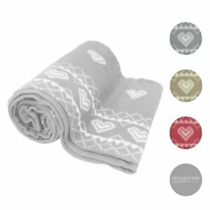 Dreamscene Nordic Heart Fleece Blanket