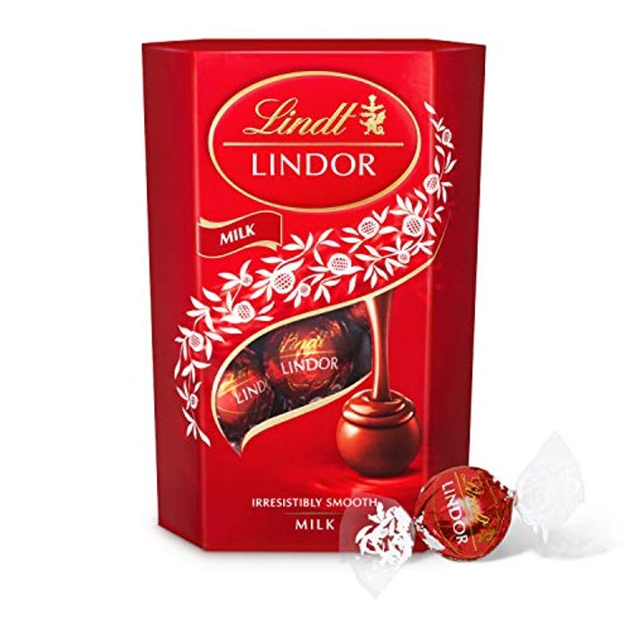 Lindt Lindor Milk Chocolate Truffles Box 200g (16 Balls)