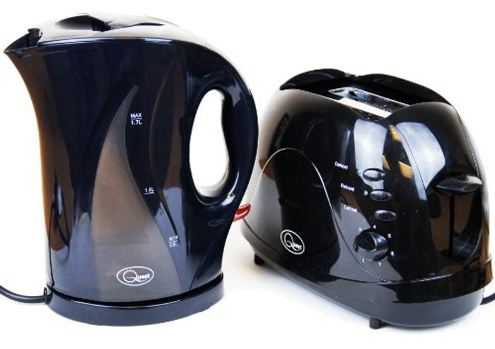 Electric Cordless Jug Kettle and 2 Slice Toaster Kitchen Set Gloss Black