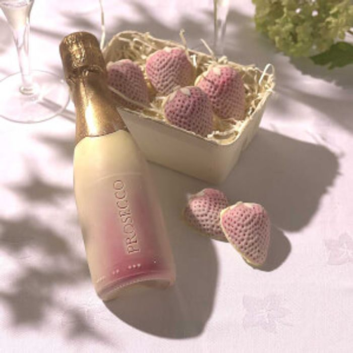 Choc on Choc Chocolate Prosecco Bottle and Strawberries