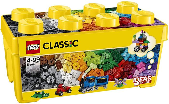 LEGO CLASSIC Medium Creative Brick Box 484 Pieces. FREE DELIVERY (10696)