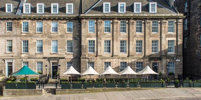 CHEAP! 2 Night Edinburgh Marriot Hotel Break For 2Inc Breakfast & Fizz - £99