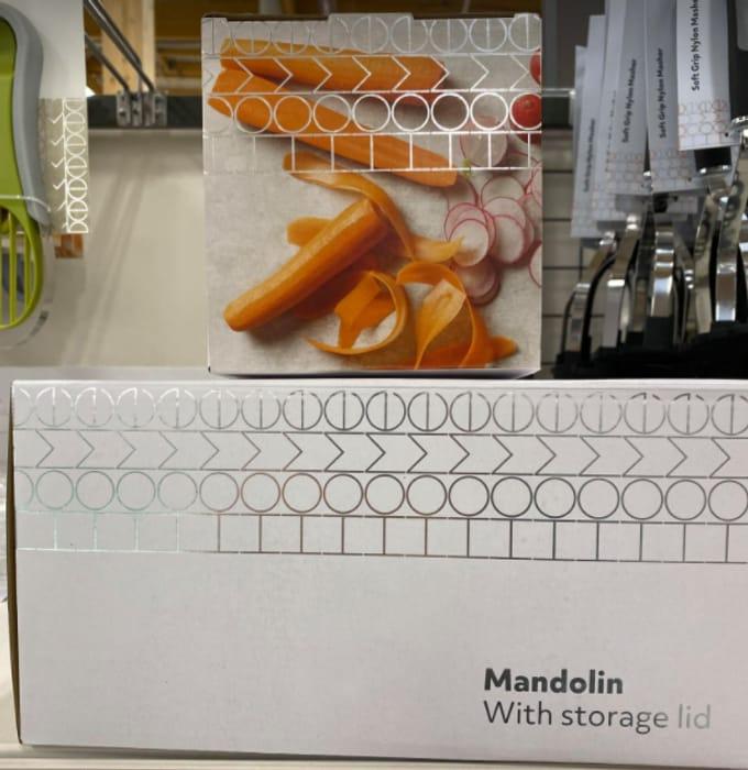 Half Price Mandolin with Storage Lid