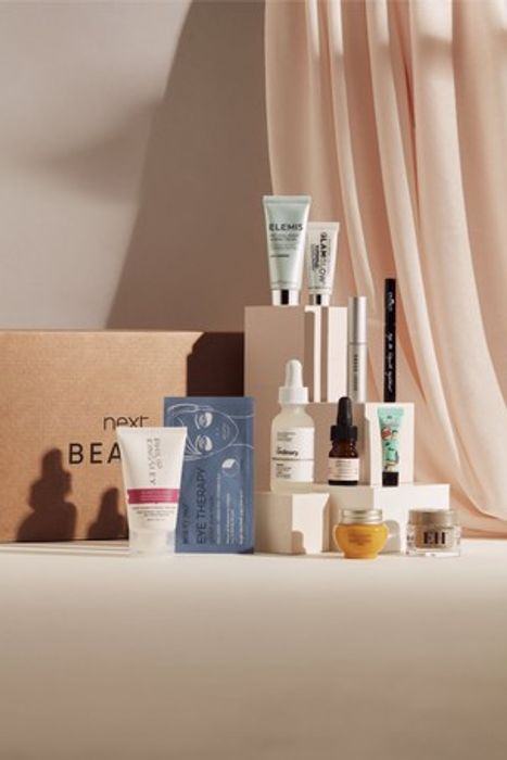 The Ultimate Mothers Day Beauty Box (Worth over £110)
