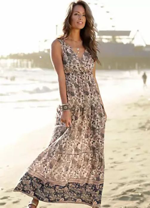 LASCANA V-Neck Floral Print Tiered Maxi Dress (Size 12, 16 & 20)