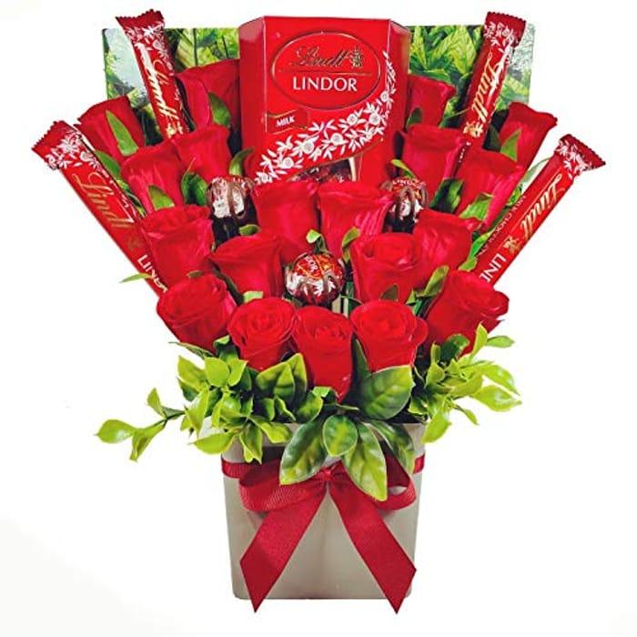 Large Lindt Lindor Chocolate Bouquet Gift Hamper in Presentation Box
