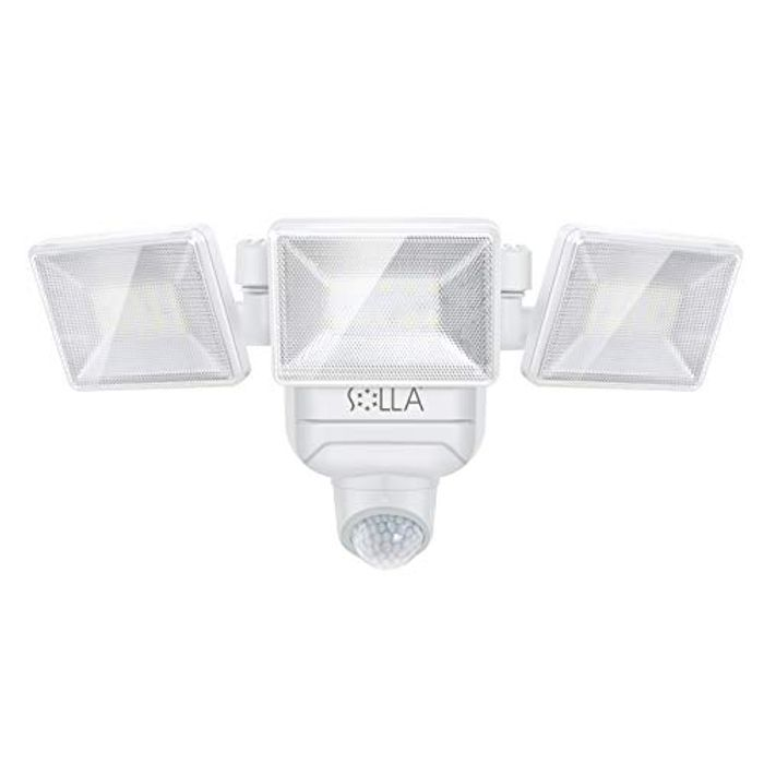 Battery Powered LED Outdoor Security Light 750LM