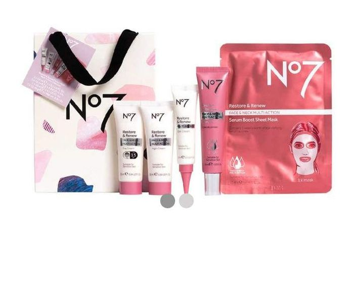 Boots No7 Restore & Renew FACE & NECK MULTIACTION Collection Set Now £29.60