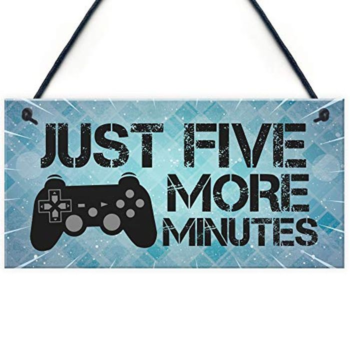 Gaming Plaque( Raise Your Hand if You Know Someone Who Says This Lol )