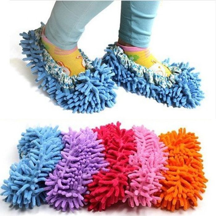 Clean as You Walk! Dust Mop Slippers - Only £1.38 Delivered