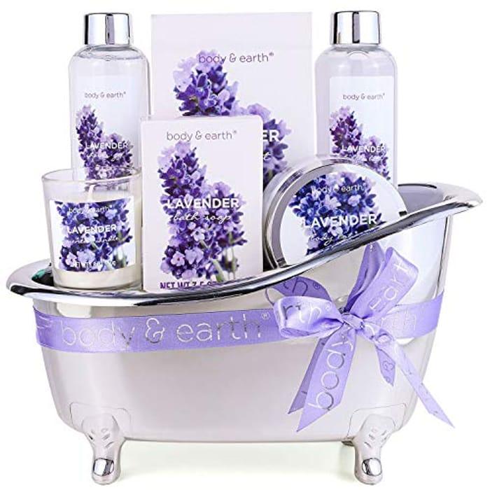 Body & Earth Lavender Spa Gift Set
