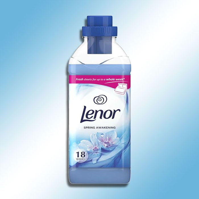 8 X Lenor Fabric Conditioner Spring Awakening 630ml Bottles (Total 144 Washes)