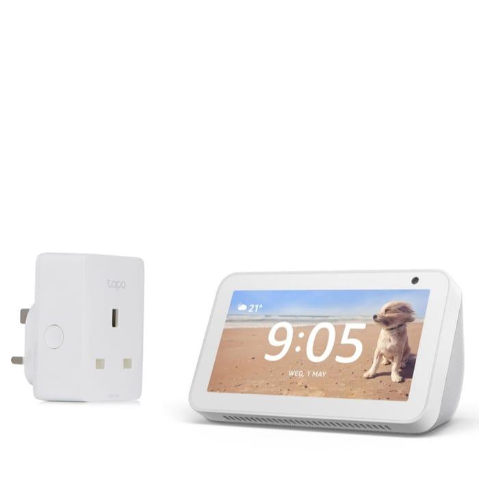 Amazon Echo Show 5 with TP Link Smart Plug