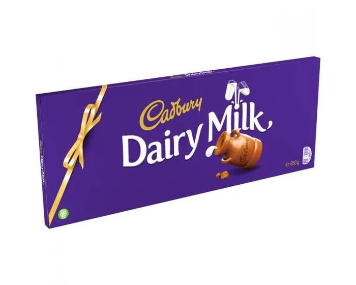 Giant Cadbury Dairy Milk 850g
