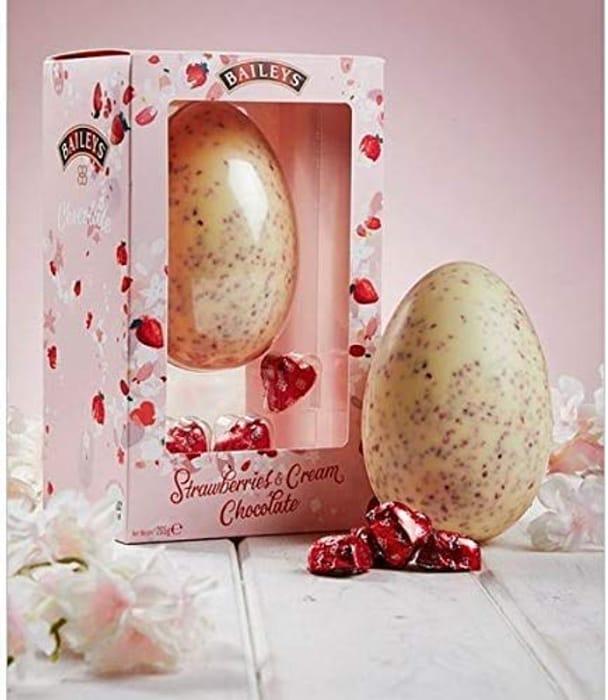 Baileys Strawberry & Cream Chocolate Easter Egg Truffle 205g