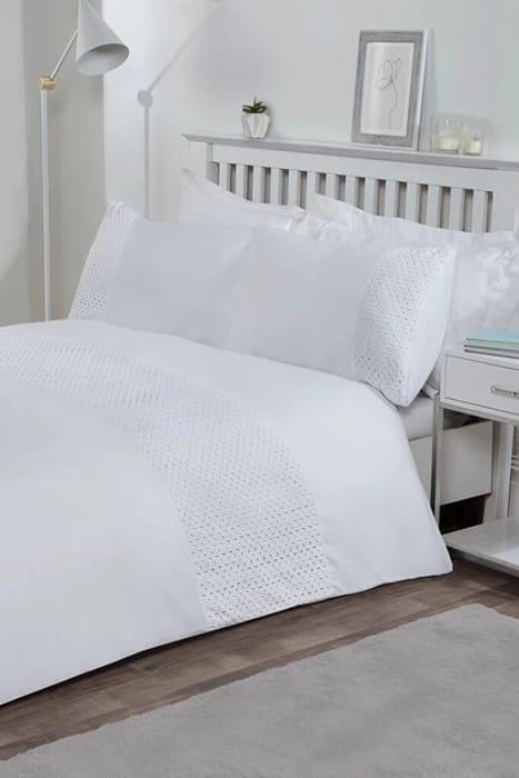 White King Size Lace Border Duvet Set