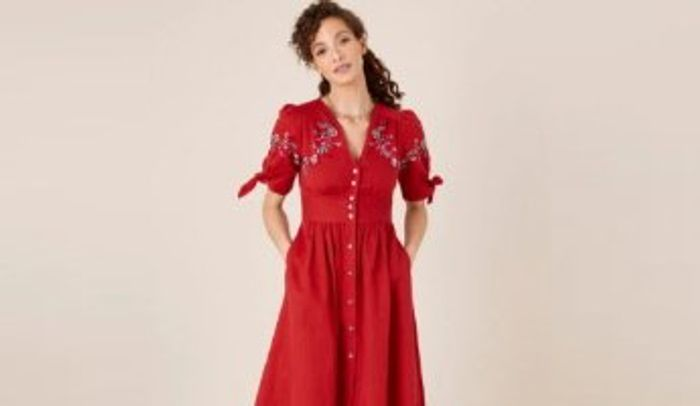 15% off Orders at Monsoon