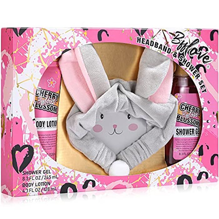 BFFLOVE Bath and Body Gift Set with Cherry Blossom Scent