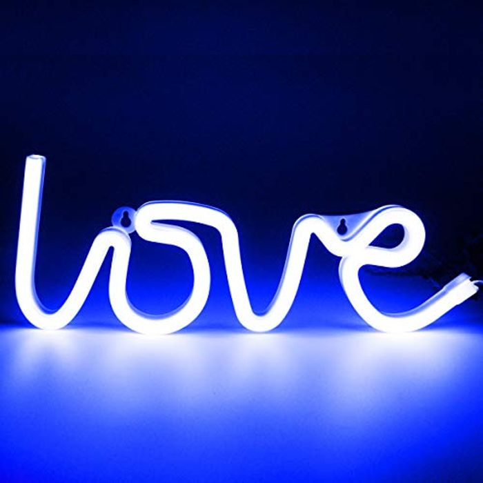 XIYUNTE Battery or USB Operated Love Neon Sign for Wall Decor - Only £3.98!