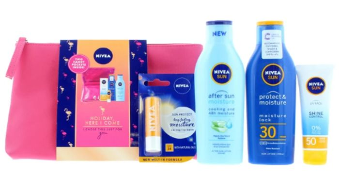 Nivea Sun Holiday Here We Come Gift Set - Only £11.25 with Code