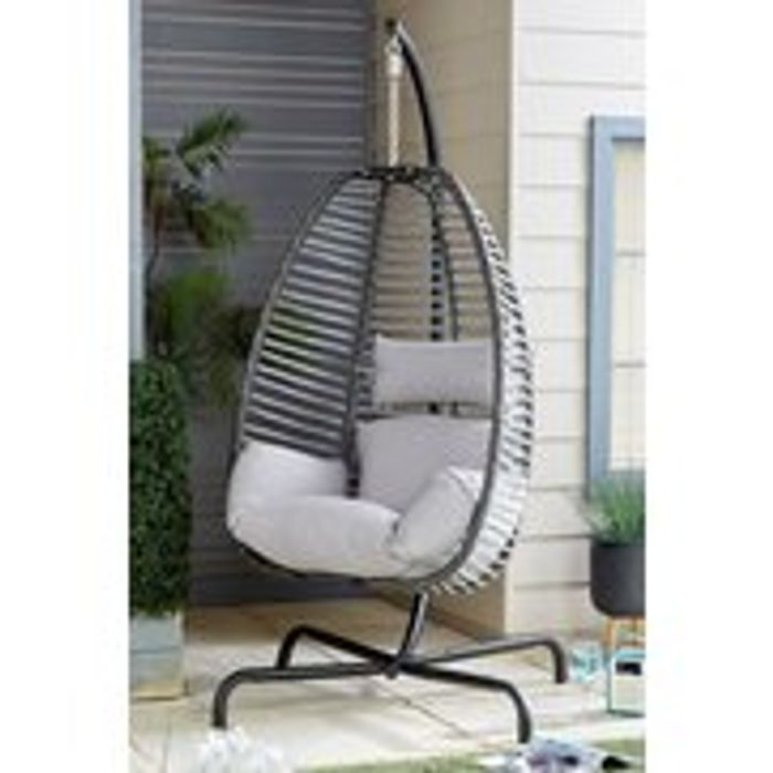 Deluxe Hanging Chair - Only £199.99!