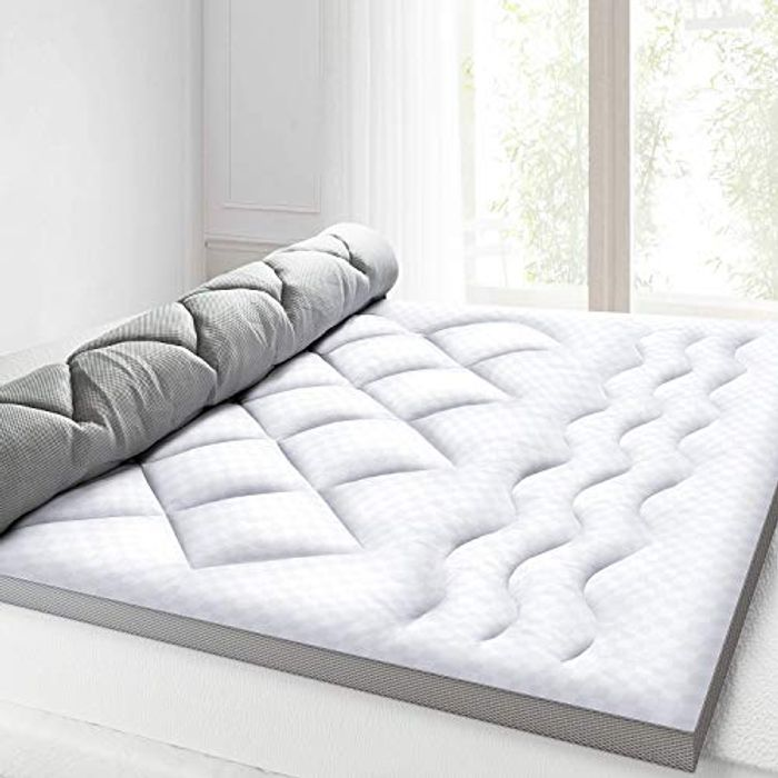 BedStory Mattress Topper 2.5 Inch, Ultra Soft Single Bed - Only £14.49!
