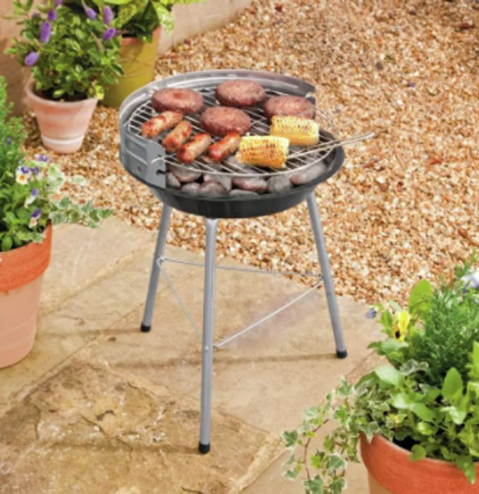 Pick Up A 4 Person Charcoal BBQ For £10 Today At Argos!
