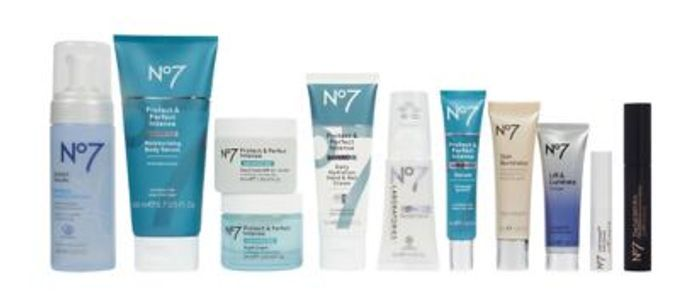 No7 Ultimate Collection Bundle - Only £90 with Code (Worth £206.50) & Free Bag!