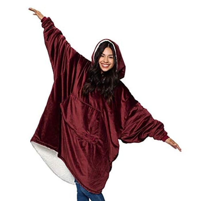 Oversized Microfiber & Sherpa Wearable Blanket