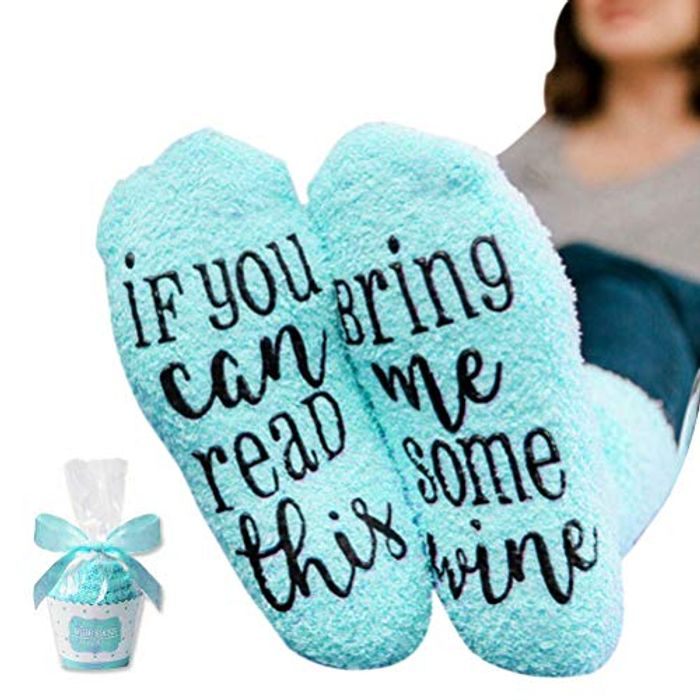 """""""If You Can Read This Bring Me some Wine"""" Funny Socks Cupcake Gift Packaging"""