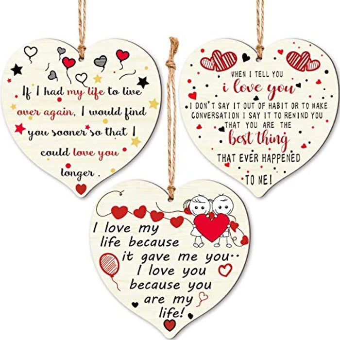 3 Pieces Wooden Heart Plaques