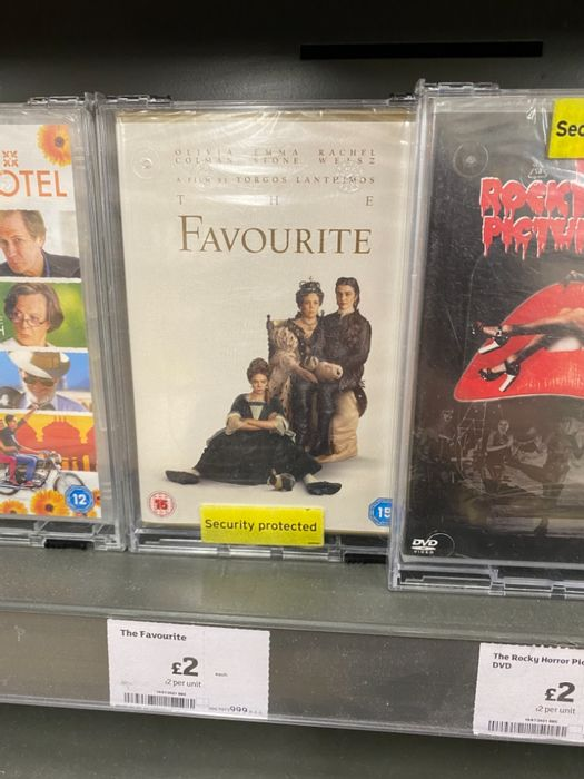 Best Price! The Favourite DVD