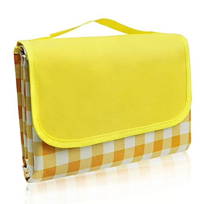 LIVEHITOP Camping Large Handy Beach Mat Picnic Blanket, Yellow - Only £5.66!