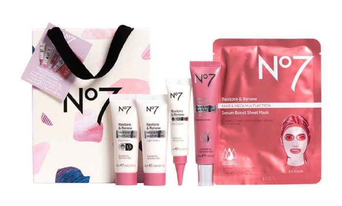 No7 Restore & Renew FACE & NECK MULTI ACTION Collection