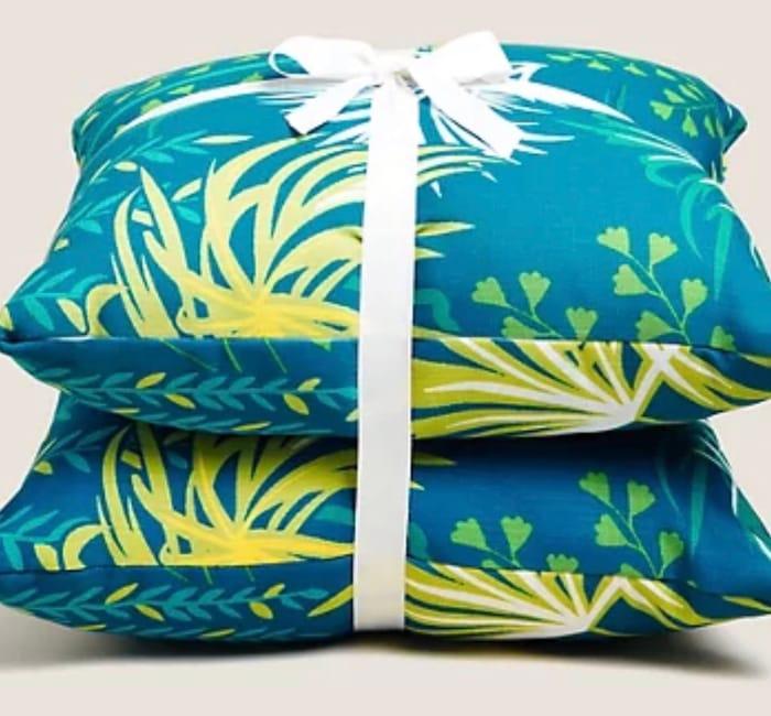 Set of 2 Leaf Print Outdoor Cushions