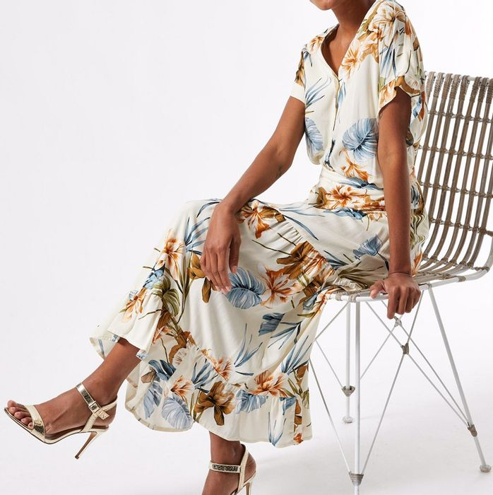 CHEAP! Petite Tropical Print Tiered Maxi Skirt