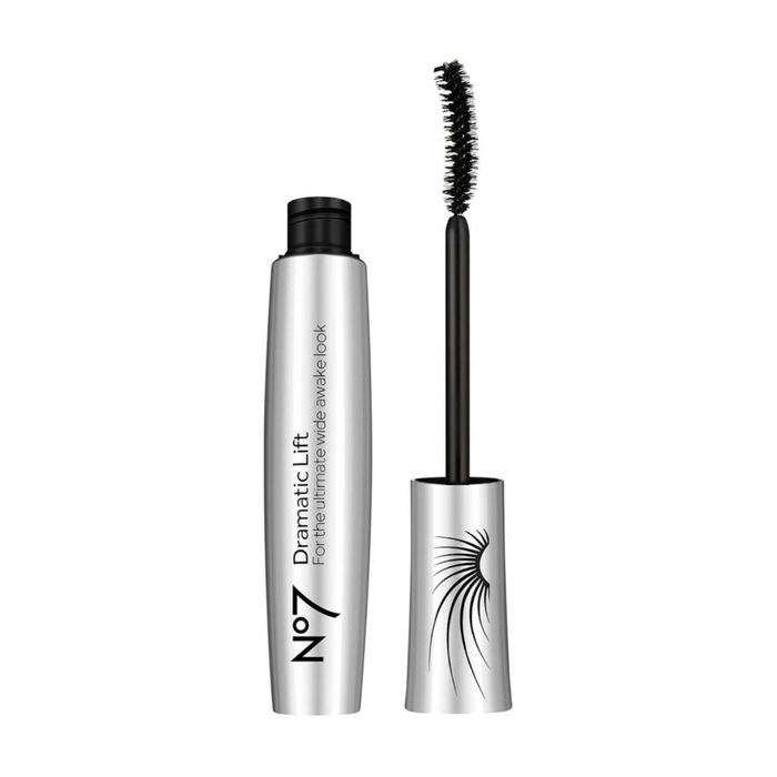 Get a FREE No7 Mascara (Selected Boots Stores)