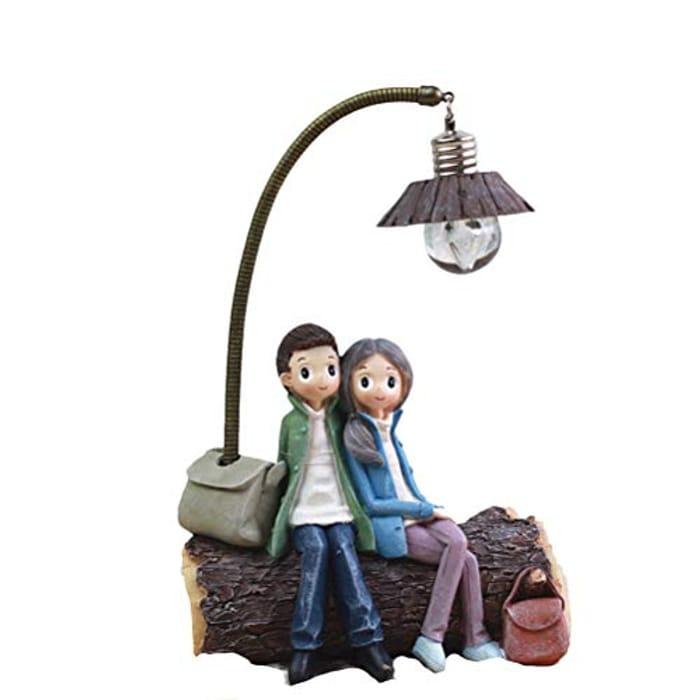VOSAREA Mini Resin Couple Lamp