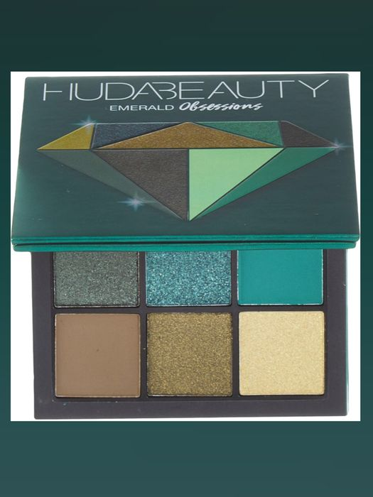 HUDA Emerald Mini Eyeshadow Palette 9.9g