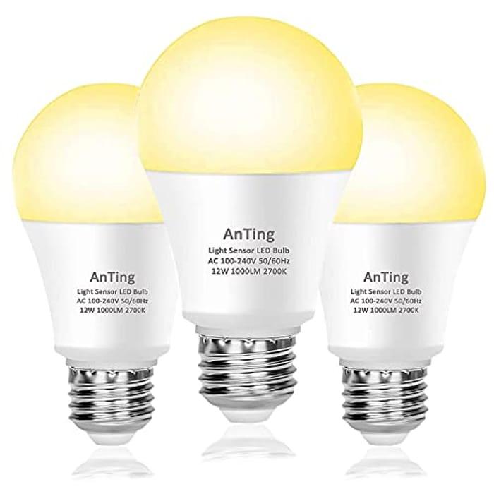 Pack of 3 Dusk to Dawn LED Sensor Light Bulbs