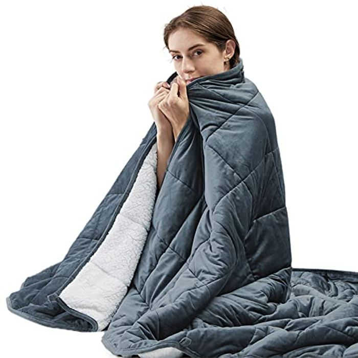 Bedsure Sherpa Heavy Weighted Anxiety Blanket - Only £29.99!