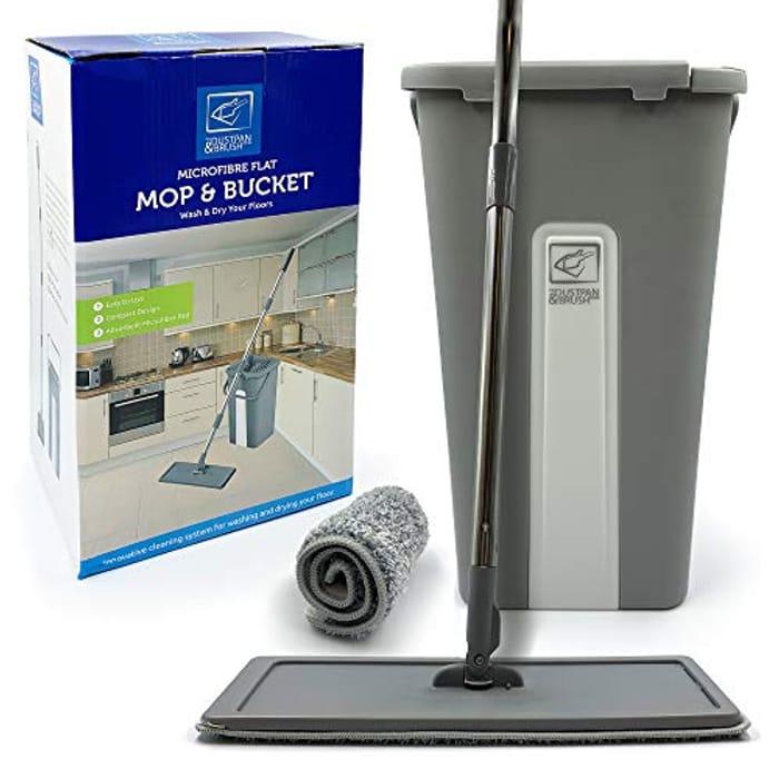 Flat Floor Mop and Bucket Set, Easy Squeeze Mop Bucket with Microfibre Pads