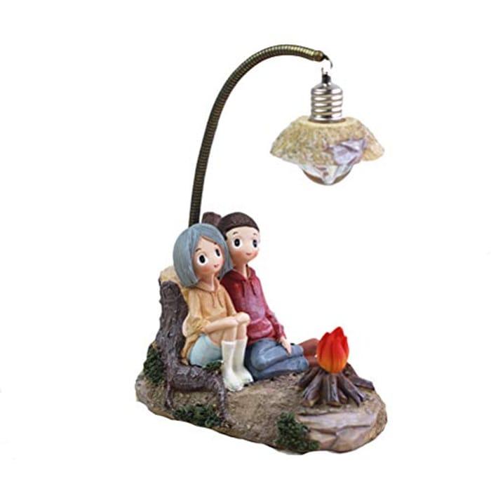VOSAREA Mini Resin Couple Lamp - 11.5 x 9 x 16.5cm