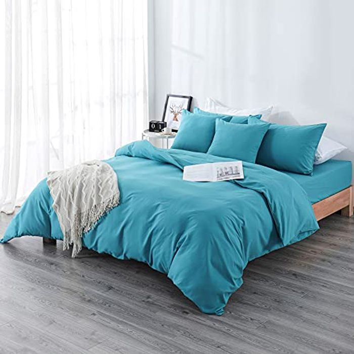 Aisbo Soft Duvet Cover Set 3Pcs + Free Fitted Bed - Only £14.99!