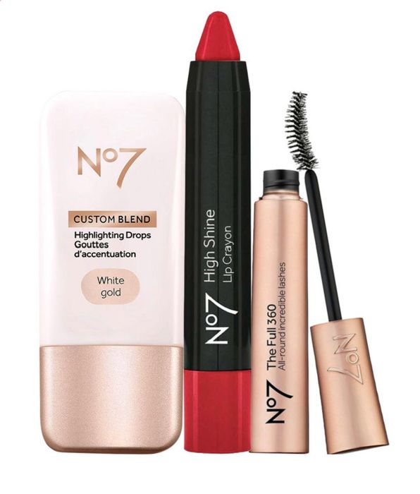 No7 Perfect Party Bundle + Free Hand Sanitiser